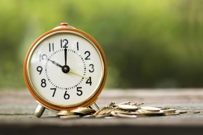 Plotting Your Way Toward Retirement: 5 Positive Financial Habits